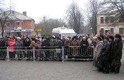ПОЗОР! Николаевская прокуратура запугивает людей и заставляет за свои деньги приехать жителей Первомайска в Николаев и свидетельствовать против митингущих