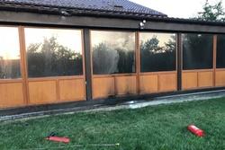 В Новой Одессе дом предпринимателя забросали бутылками с зажигательной смесью (Фото)