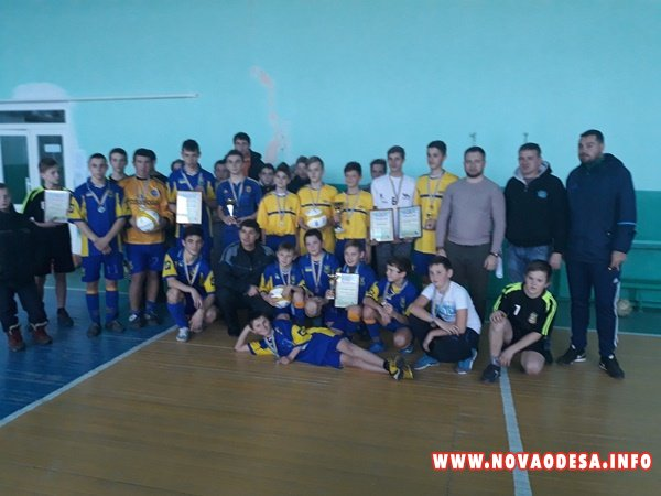 В Новоодесском районе прошёл детский новогодний турнир по уличному футболу (Фото)
