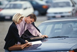 Как жителю Новой Одессы обезопасить себя от поддельных документов и мошенников при покупке авто