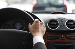 В Украине изменились процедуры выдачи удостоверений водителя, подготовки водителей и аккредитации автошкол