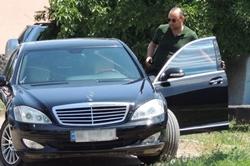 """Кандидата от команды """"ЗЕ"""" Негулевского, поймали на не уплате огромных налогов и незаконной добыче песка (Фото)"""