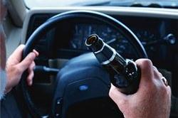 На Николаевщине пьяный милиционер катался за рулём автомобиля
